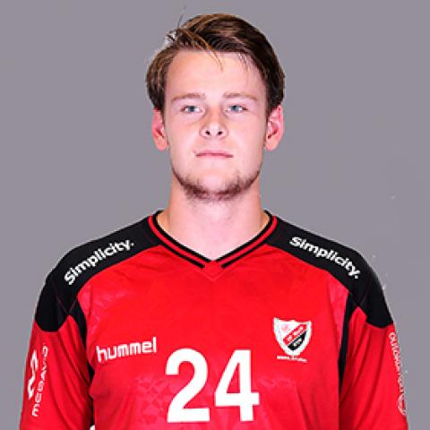 24 Marcus Pedersen