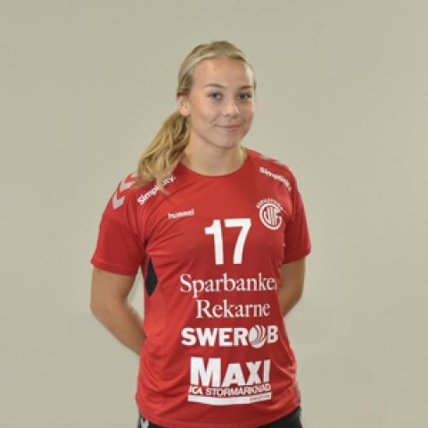 17 Moa Pettersson