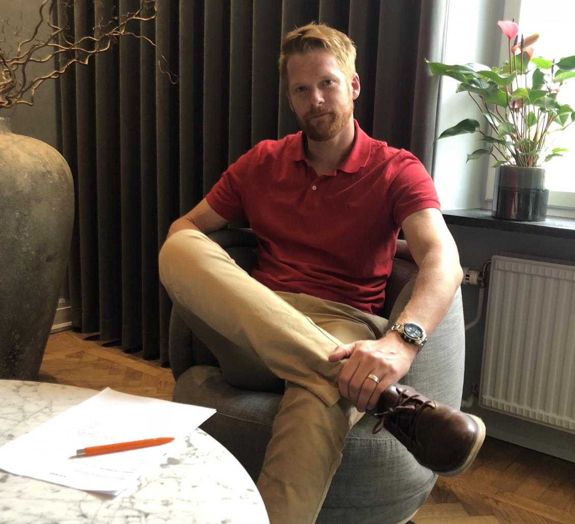 Richard Larsson fortsätter som målvaktstränare