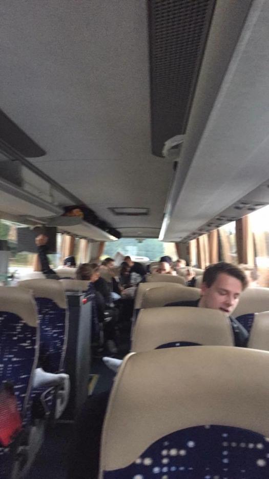 Klockan 09.00 lämnar bussen Eskilstuna med destination Ystad.