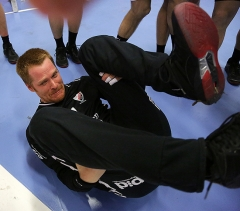 Larsson kör breakdance