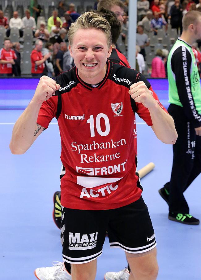 Fredrik Gustavsson poängräddare i sista sekunden