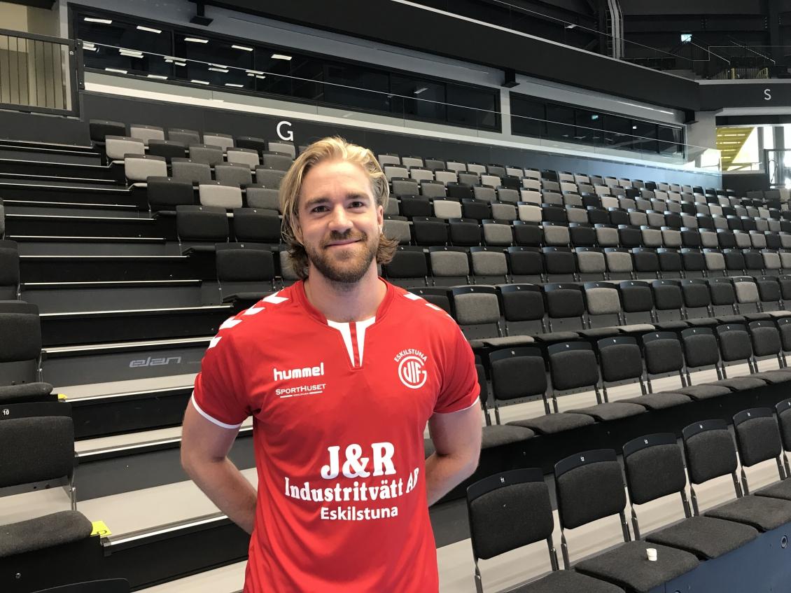 Rickard Åkerman förstärker herrlaget