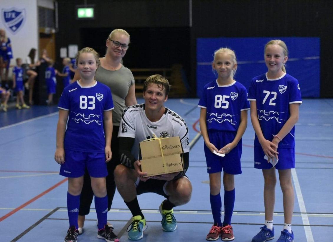 Herrarna träningsmatchade i Strängnäs