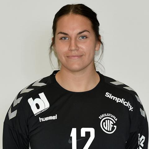 12 Amanda Ingvarsson