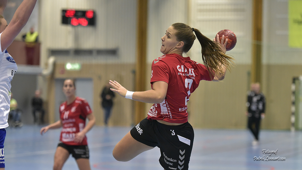 Anna Larsson lånas ut resten av säsongen
