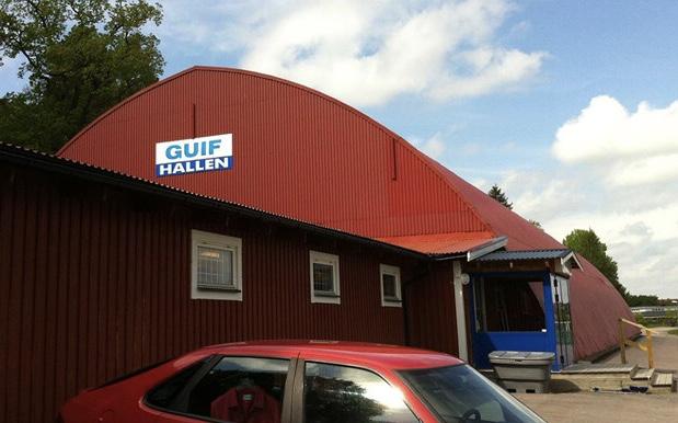 Eskilstuna Guif säljer Guifhallen