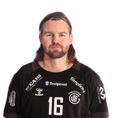 16 Daniel Freyr Andrésson